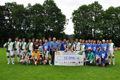 Charitativní fotbalová exhibice 2011 - 55 000,- Kč